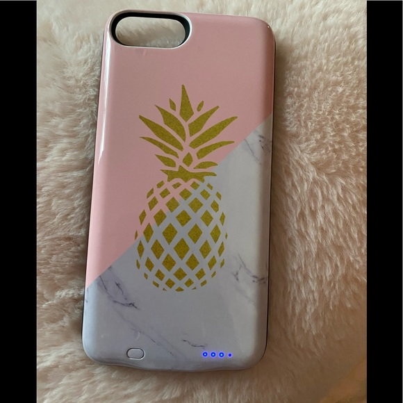 Pineapple iPhone 8plus charging phone case